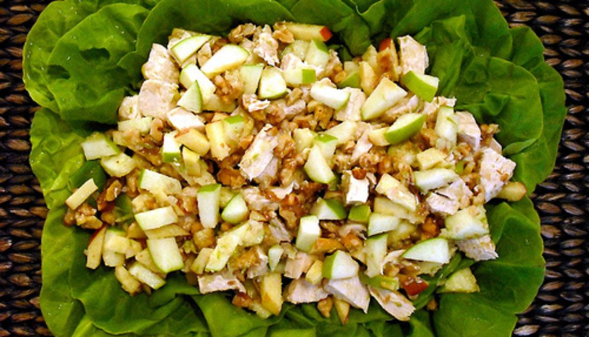 Ensalada de Pollo con Manzana y Menta
